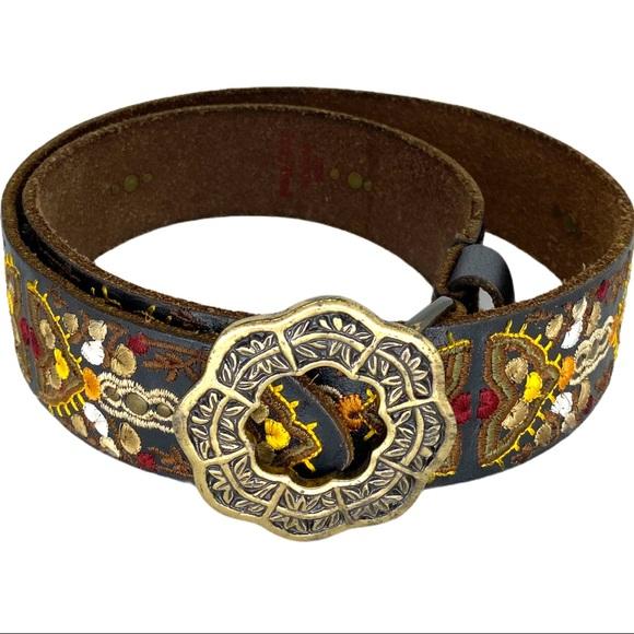 Lucky Brand belt embroidered size- medium